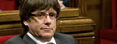 Верховный суд Испании добивается экстрадиции экс-премьера Каталонии Карлеса Пучдемона
