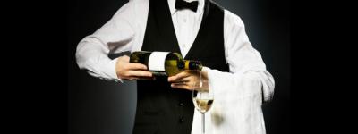 В Испании официант украл 840 тыс евро на роскошный дом и дорогую одежду