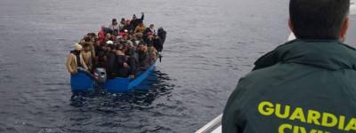 Полиция ликвидирует банду, перевозившую нелегальных иммигрантов из Алжира в Испанию