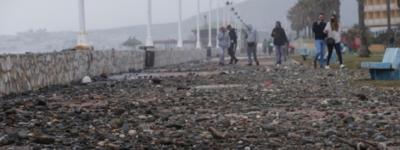 Шторм Lola оставил разрушительный след на пляжах Коста-дель-Соль