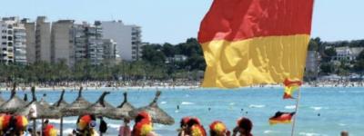 «Немцы возвращаются»: испанцы скептически относятся к возвращению туристов