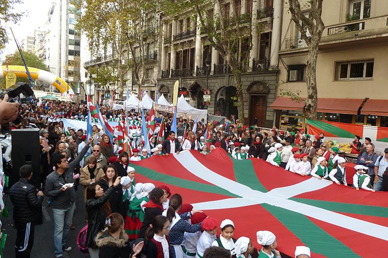 Число носителей баскского языка
