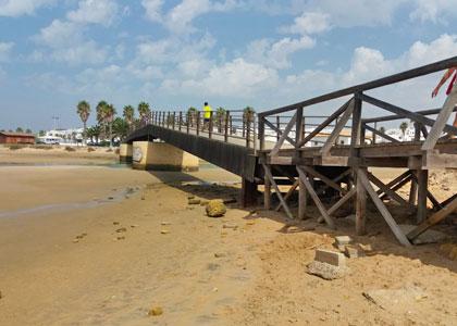 Мост на Playa de Castilnovo