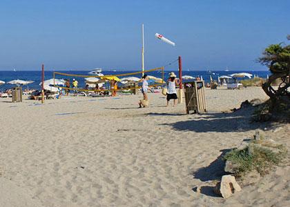 На пляже Platja des Cavallet