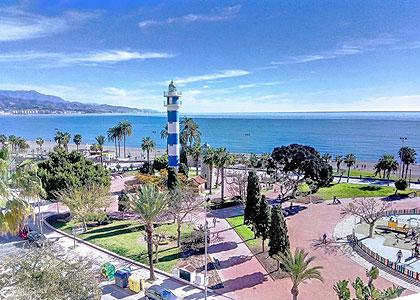 Около пляжа Playa de Torre del Mar