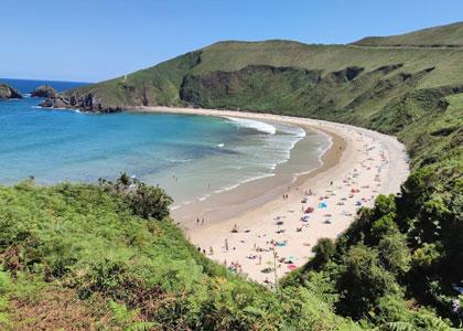 Вид на пляж Playa de Torimbia