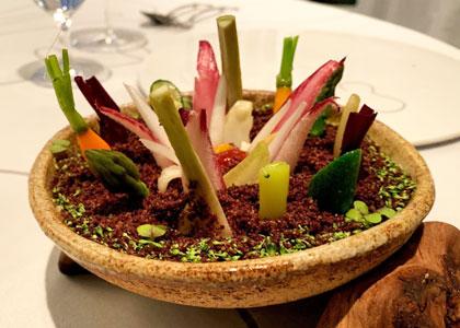 Подача блюда в Taberna el Zorzal