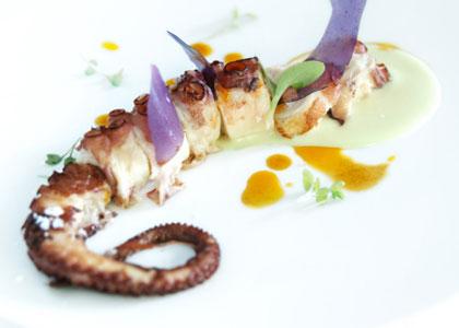 блюдо из морепродуктов ресторана Zalacain