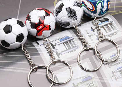 брелки с символикой футбольных клубов