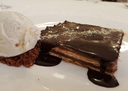 десерт ресторана Casa Carmina