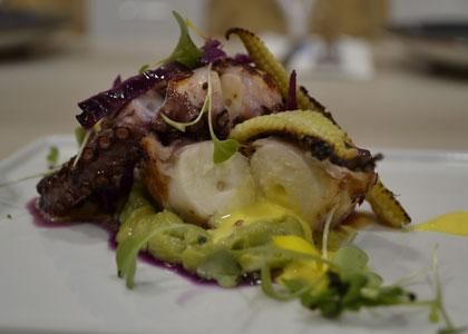 осьминог в кафе L'odisea