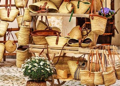 плетеные изделия из листьев пальмы