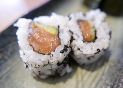 ролы в суши-баре Nozomi