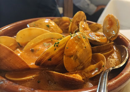 суп из морепродуктов в ресторане Sobrino de Botín