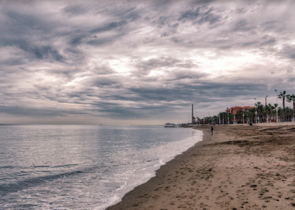 Берег Playa de Huelin