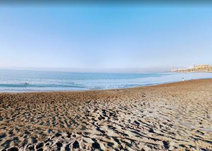 Песок на пляже