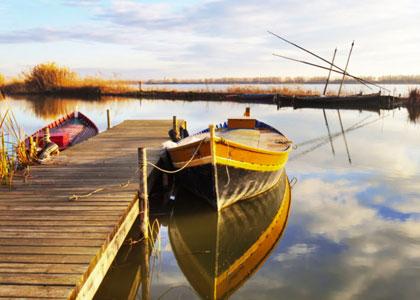Лодки в природном заповеднике Альбуфера