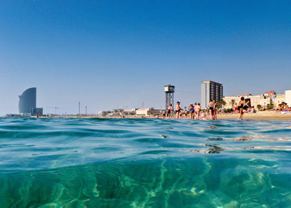 Море в Барселоне, температура