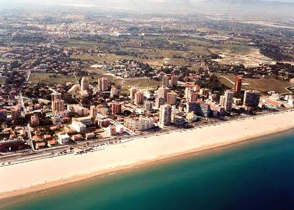 Мучавистаявляется продолжением пляжа Сан-Хуан вид на пляж
