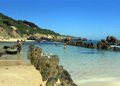 На пляже Плайя де Болония