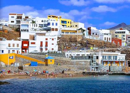 На пляже Сардина