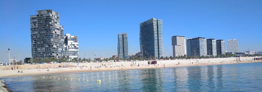 Пляж Леванте в Барселоне