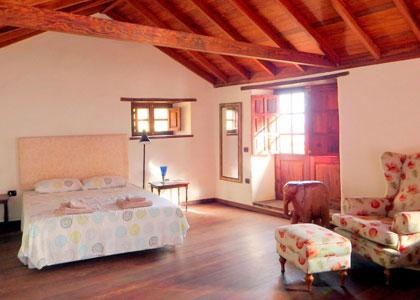 В спальне La Casa de Magda