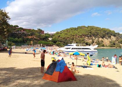 Вид на пляж Santa Cristina