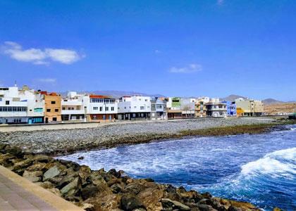 Вид на пляже Burrero