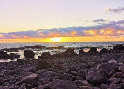 Закат на пляже Faneroque