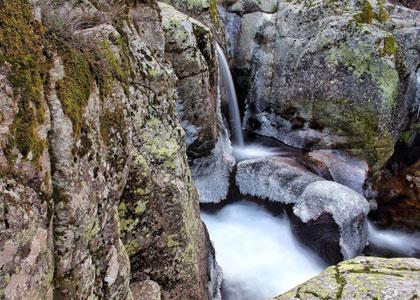 Зимний водопад в Раскафрии