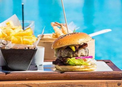 бургер в Ocean Club