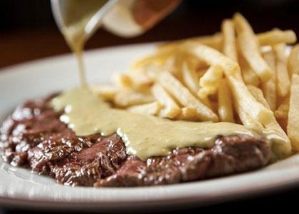 мясо с картофелем в Cafe de Ronda