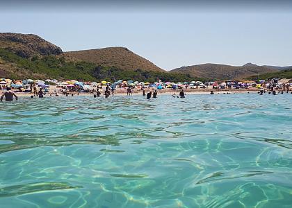 Море на паляже Кала-Торта