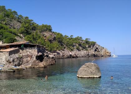 Кала-Дейя пляж