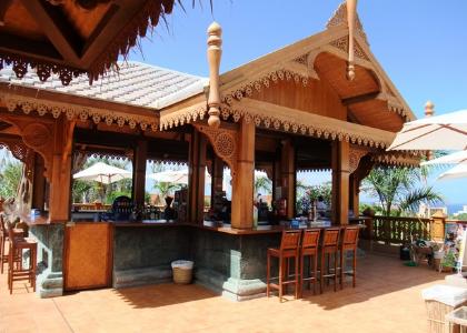 Beach bar фото
