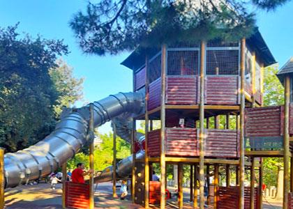 Детская площадка в парке «Палома»