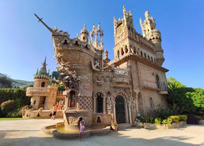 Экскурсия по замку Коломарес