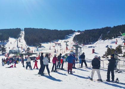 Горнолыжные спуски Вальделинареса лыжи в Испании