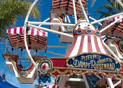 Колесо обозрения в парке развлечений Tivoli World