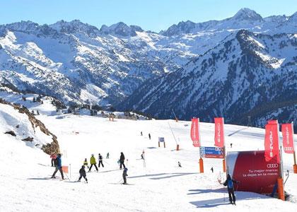 Курорт для горнолыжников Бакейра-Берет в Каталонии
