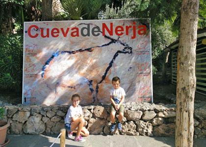 Около пещер Нерхи