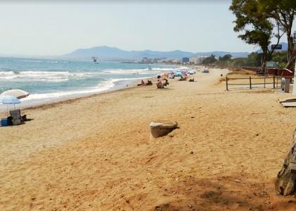 Песок на пляже Эль Пинилло