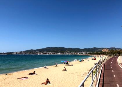 Песок на пляже Кан-Пере-Антони