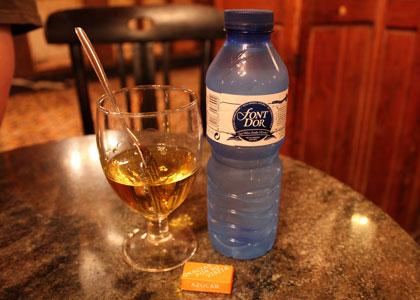 Ингредиенты для приготовления абсента в баре Marsella