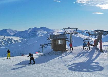 на горнолыжном курорте Вальгранде-Пахарес