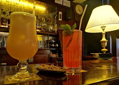 Напитки в коктейль-баре Boadas