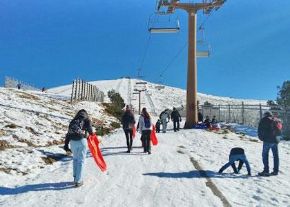 Подъем на гору на горнолыжном курорте Навасеррада