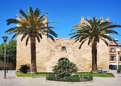 Крепостное сооружение на курорте Алькудия
