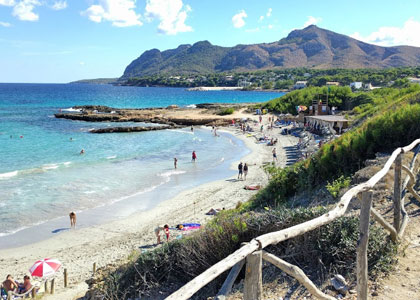 Пляж на курорте Алькудия